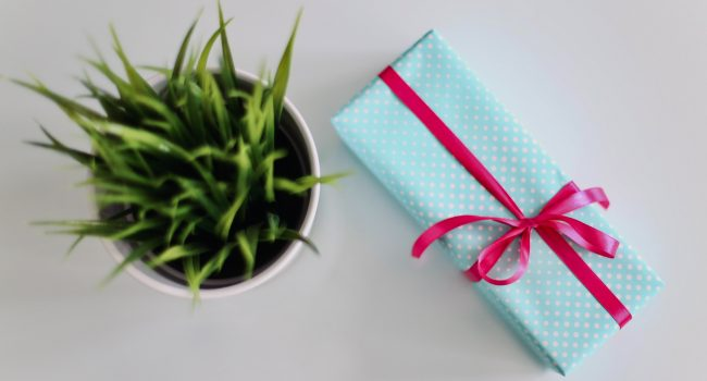 Memorable closing gift ideas for your clients